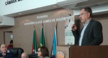 Presidente da FETAPERGS participa de debate sobre as Políticas Públicas para o Idoso de Pelotas